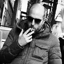 """Tre domande a Lorenzo Marone sul suo nuovo romanzo, """"Magari domani resto"""""""